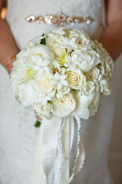 lisa stoner events- orlando luxury wedding planner- white bridal bouquet- white peony wedding bouquet - central florida wedding planner- orlando wedding - bridal bouquet.jpg