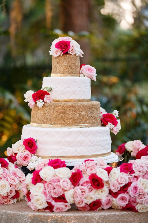 lisa stoner events- wedding cake- four tier wedding cake- gold and white wedding cake- pink and white flowers on a wedding cake- orlando luxury wedding planner.jpg