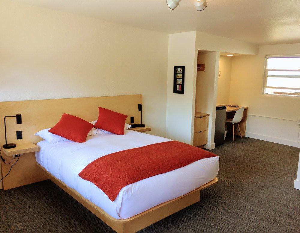 Helitrope hotel in downtown Bellingham.jpeg