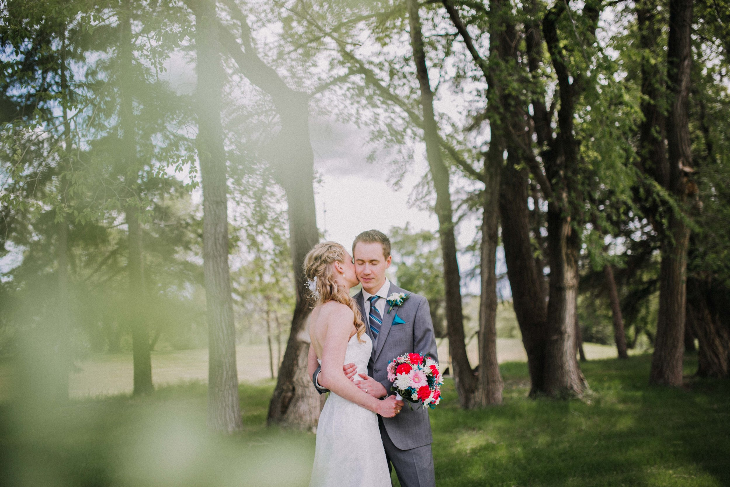 """Bryce and Teresa wanted their big day to be simple, made up only of love, family, the right people and the perfect setting, all of which came together beautifully for their intimate and romantic wedding day. Simple and chic Brandon wedding certainly made a case for the """"less is more"""" mantra.Keeping the wedding small and intimate was a priority for the couple. Congratulations Bryce + Teresa. Your day was amazing!"""