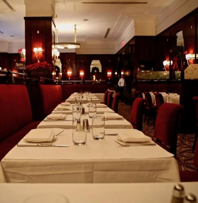 Looking for a place to celebrate with that special someone? @brasserieruhlmann has you covered!  #SERVnyc #privateevents