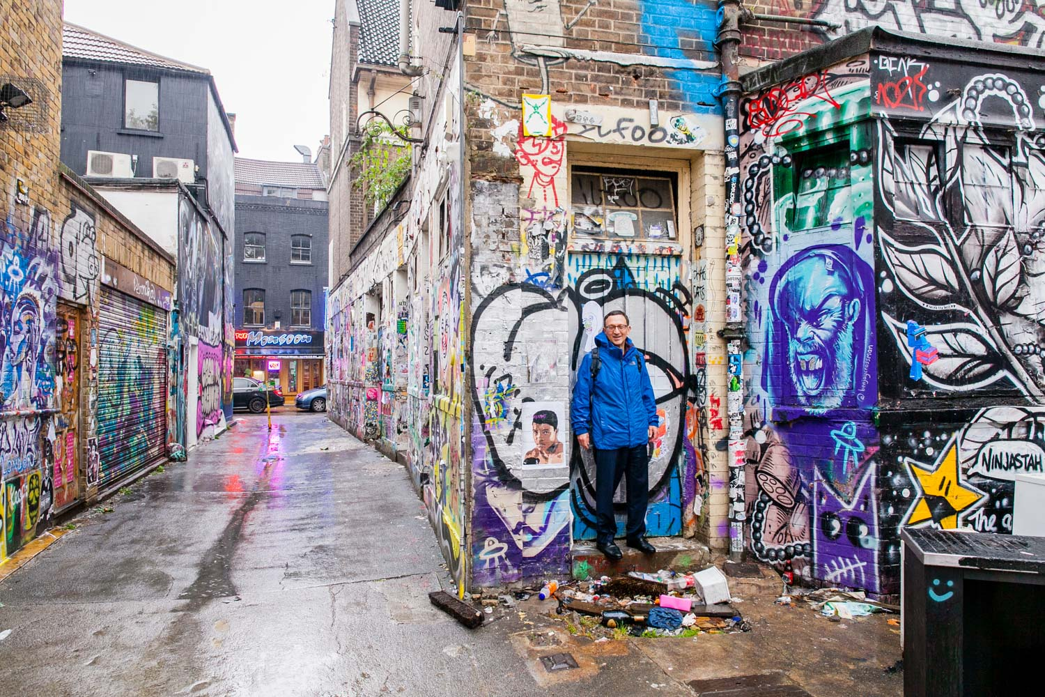 Venture off the beaten track with Mark King and encounter world-class street art in the back-alleys of London's East End.