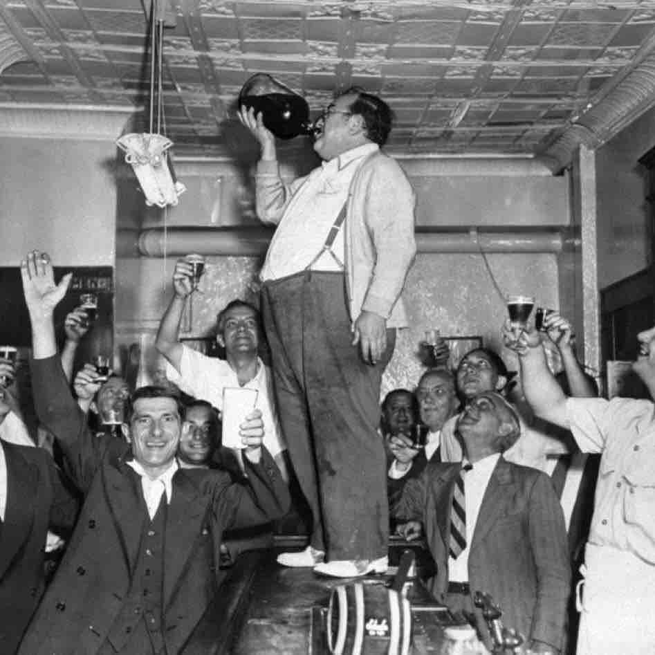 Gangster Mob Prohibition Pub Crawl .jpg