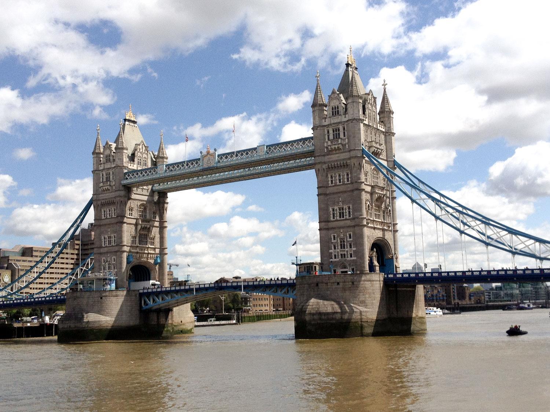 03581a0e-b037-41dd-af08-d313505eff45-c16144d4-bf17-4fea-ab3e-c0e2acc78f00-tour_photos-Tower-Bridge.jpg