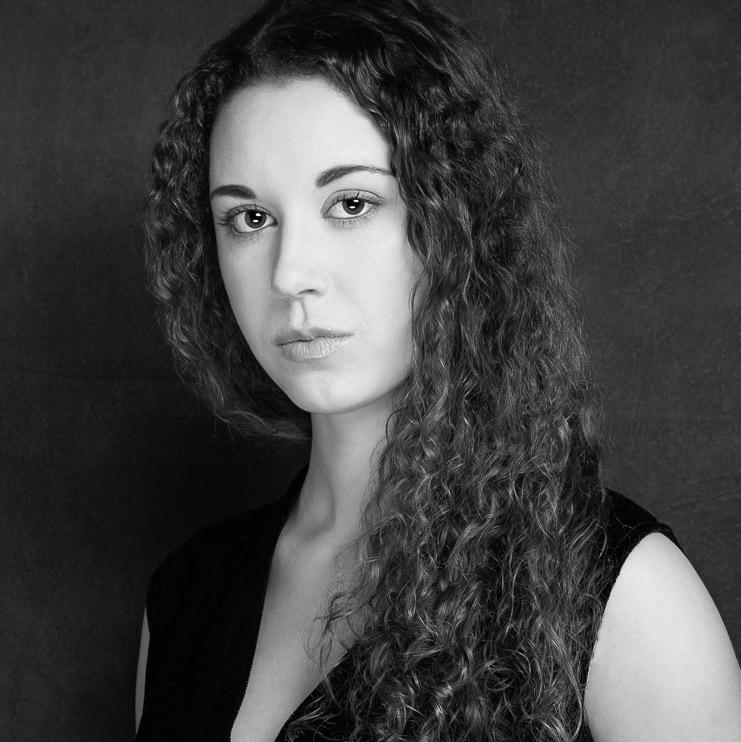 Madelaine Rose (Alicia)