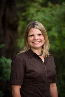 Elizabeth Dossman  Optimizing Your Growth Speaker  10:00 am