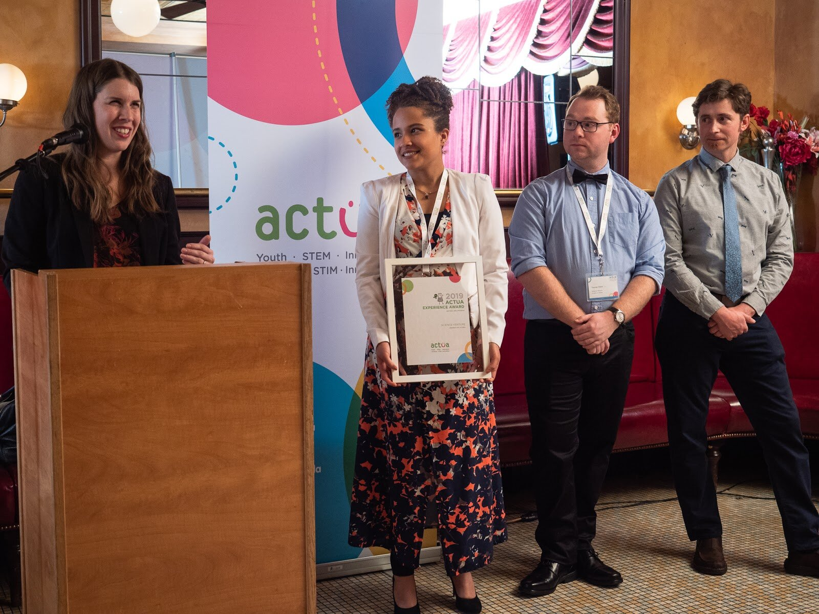Melisa Yestrau, receiving an award for Science Venture at the Actua National Conference held in Ottawa.