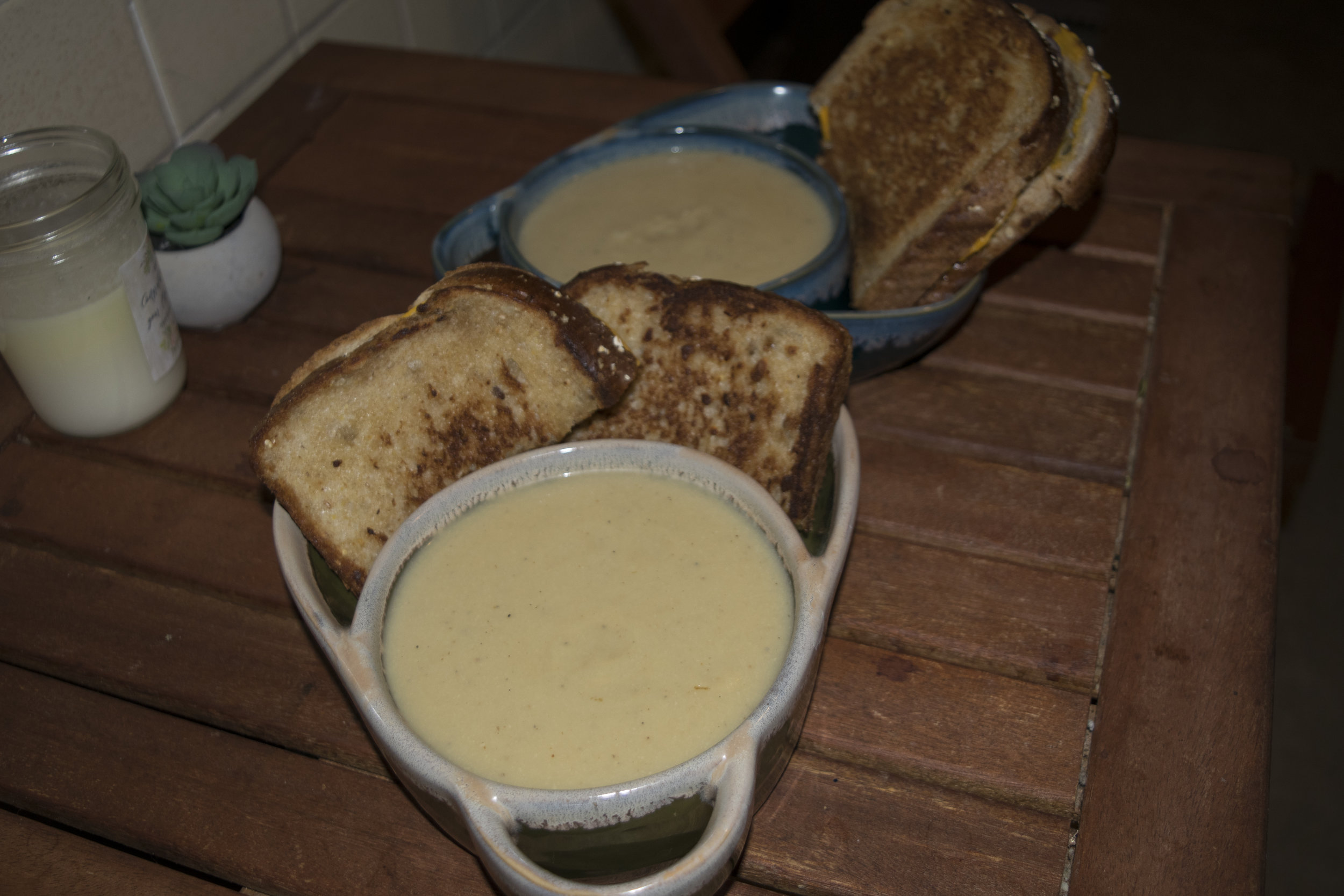 Soup and grilled cheese for 2