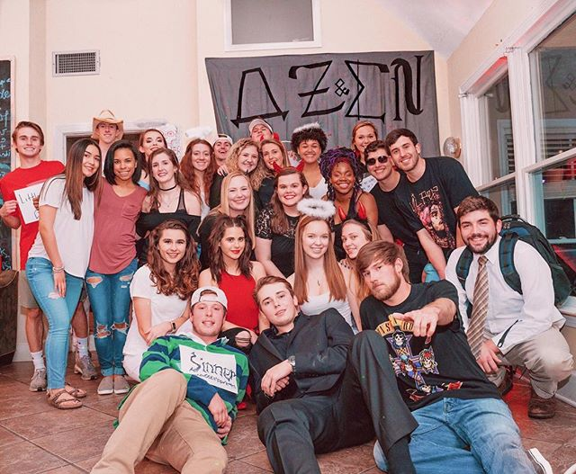 𖤐𖤐𖤐𖤐 our sisters had so much fun last night with the brothers of ΣN at our saints and sinners mixer!! 𖤐𖤐𖤐𖤐