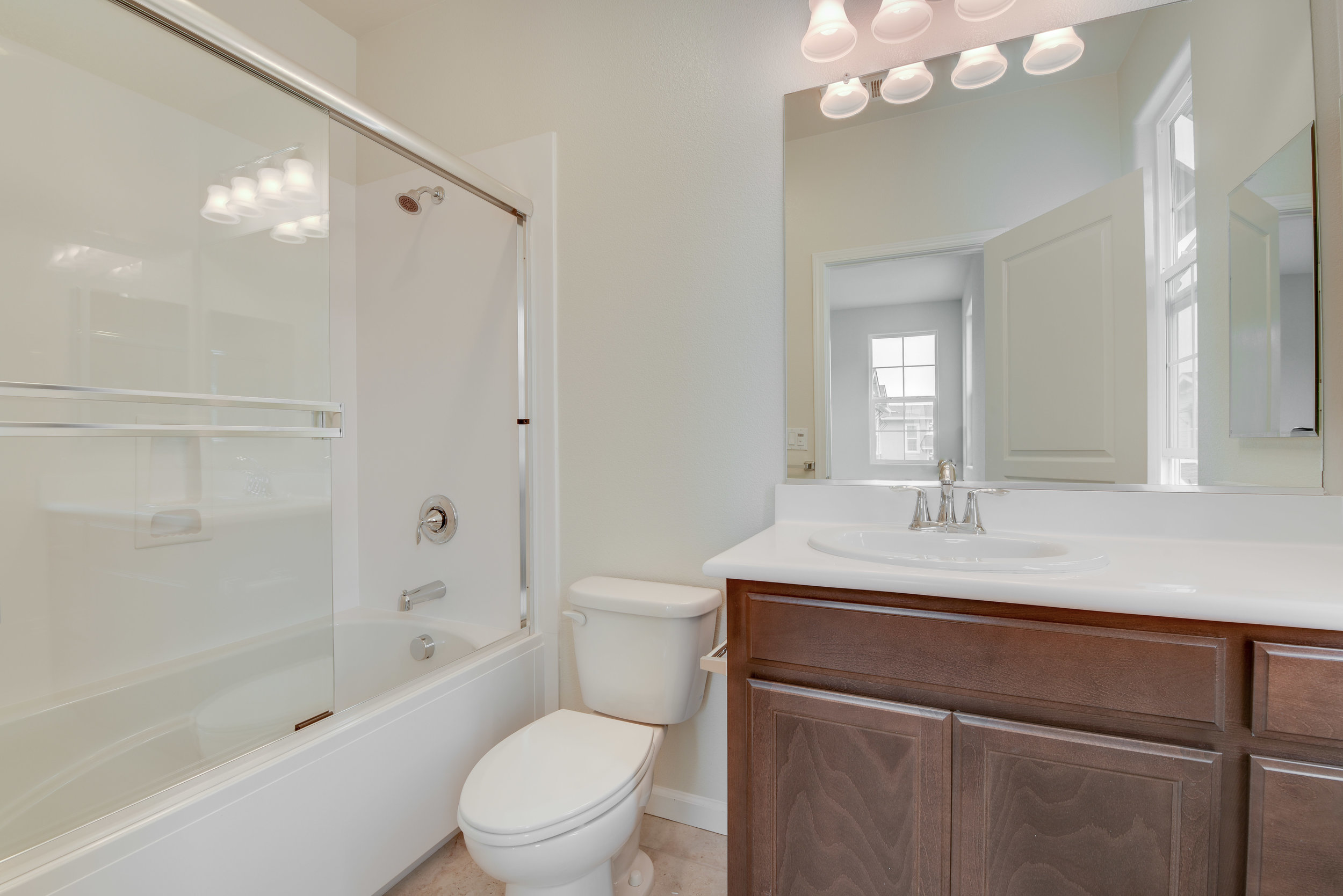 1060_maritime_way_MLS_HID1149272_ROOMmasterbathroom.jpg