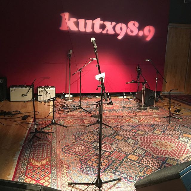 Tune in to @kutx here in a few minutes to hear our Studio 1A session! Thanks to @loweeb_11, @deidregottskillz, and the rest of the crew for having us! 📻