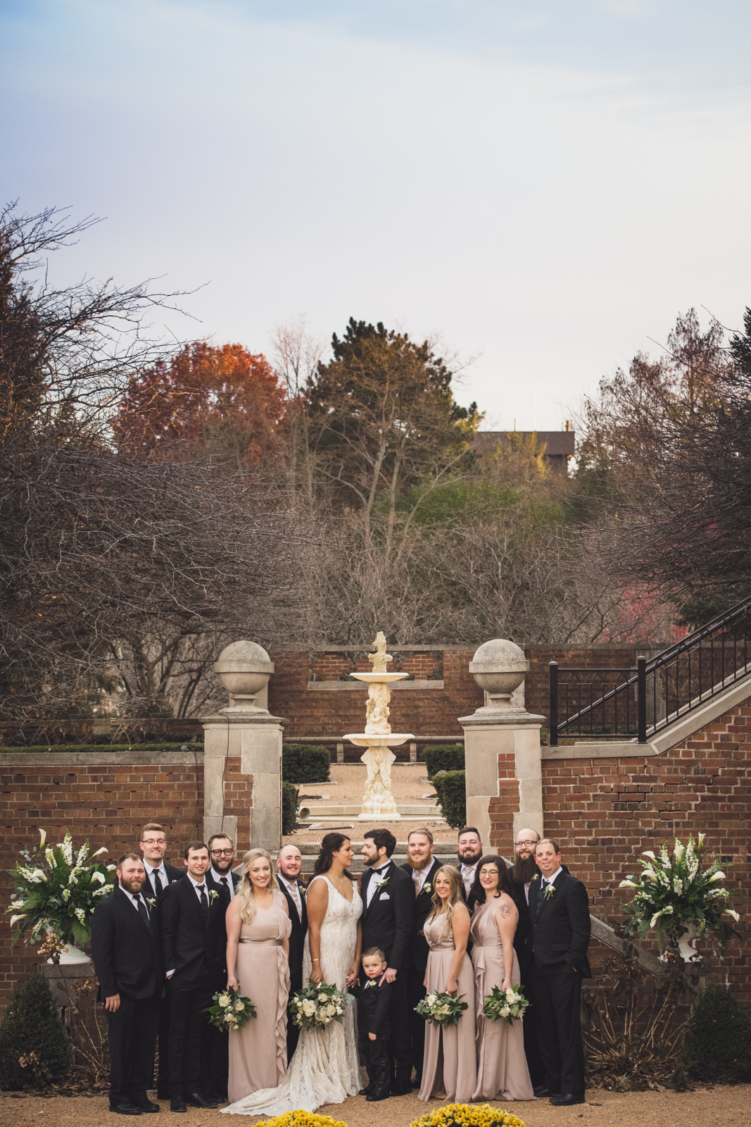 rollins-mansion-1266-wedding-photographer-des-moines-iowa-m-c.jpg