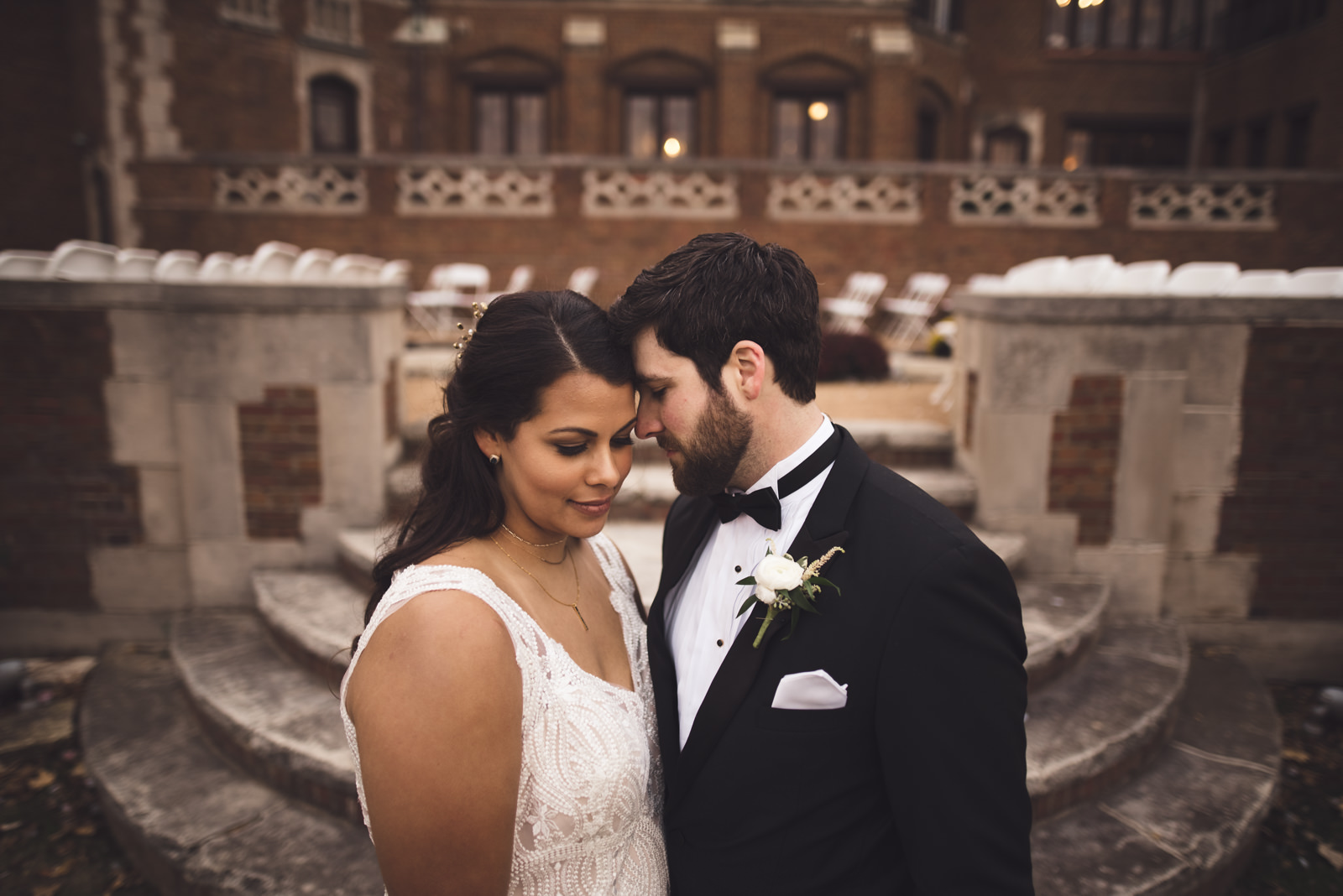 rollins-mansion-3231-wedding-photographer-des-moines-iowa-m-c.jpg