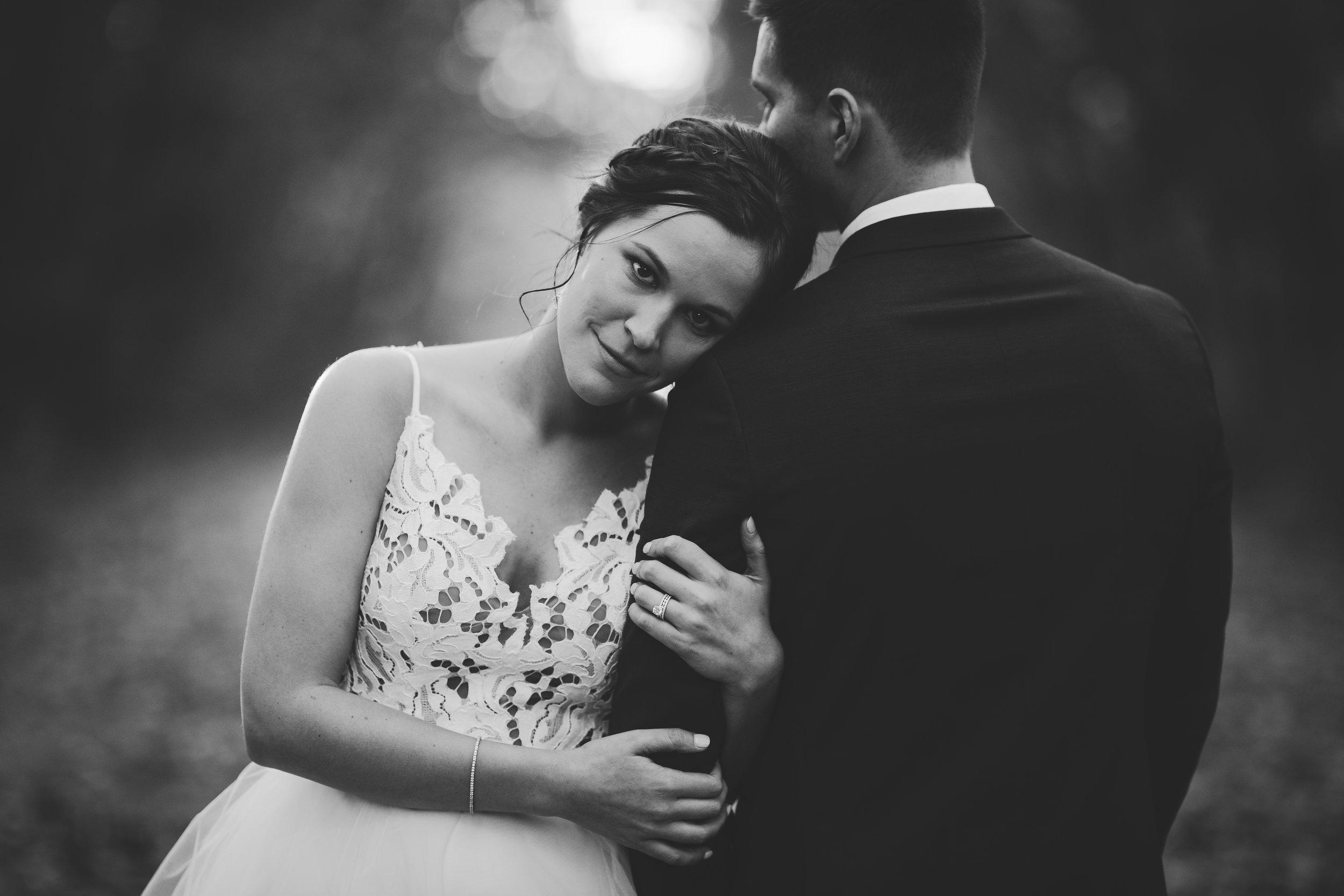 2star_des-moines-wedding-sadie-derek-64.jpg