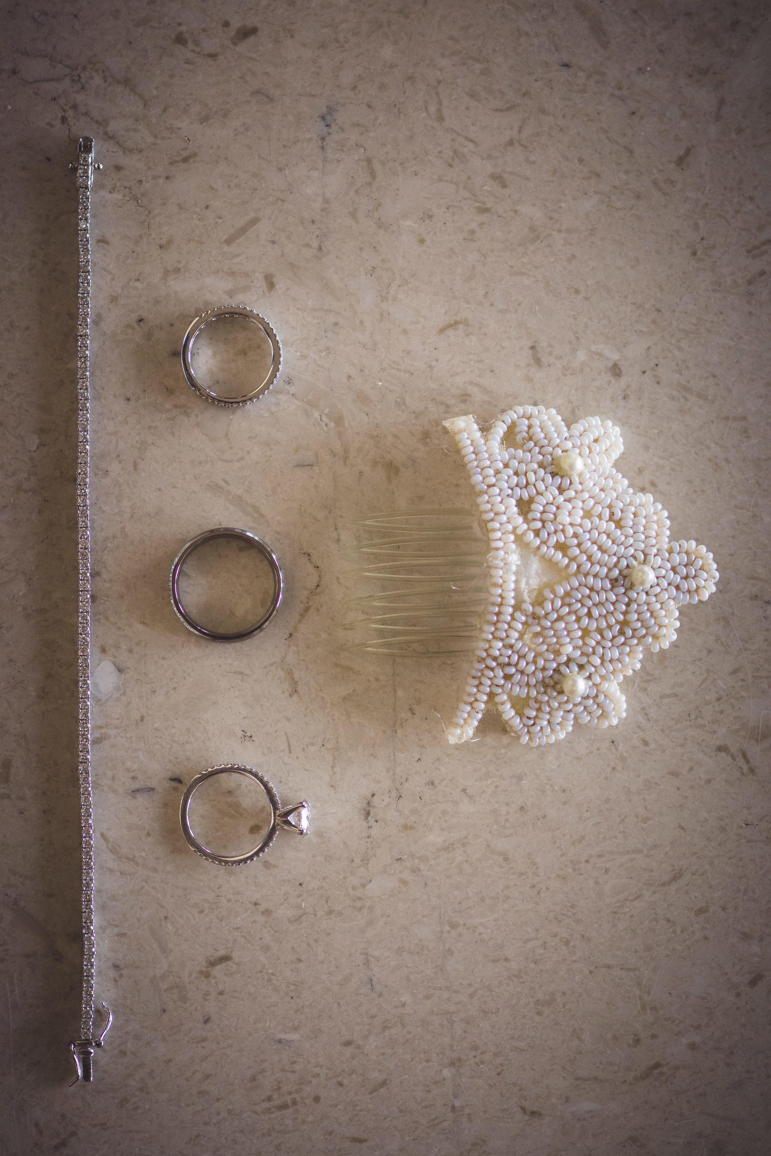 2star_des-moines-wedding-sadie-derek-7.jpg