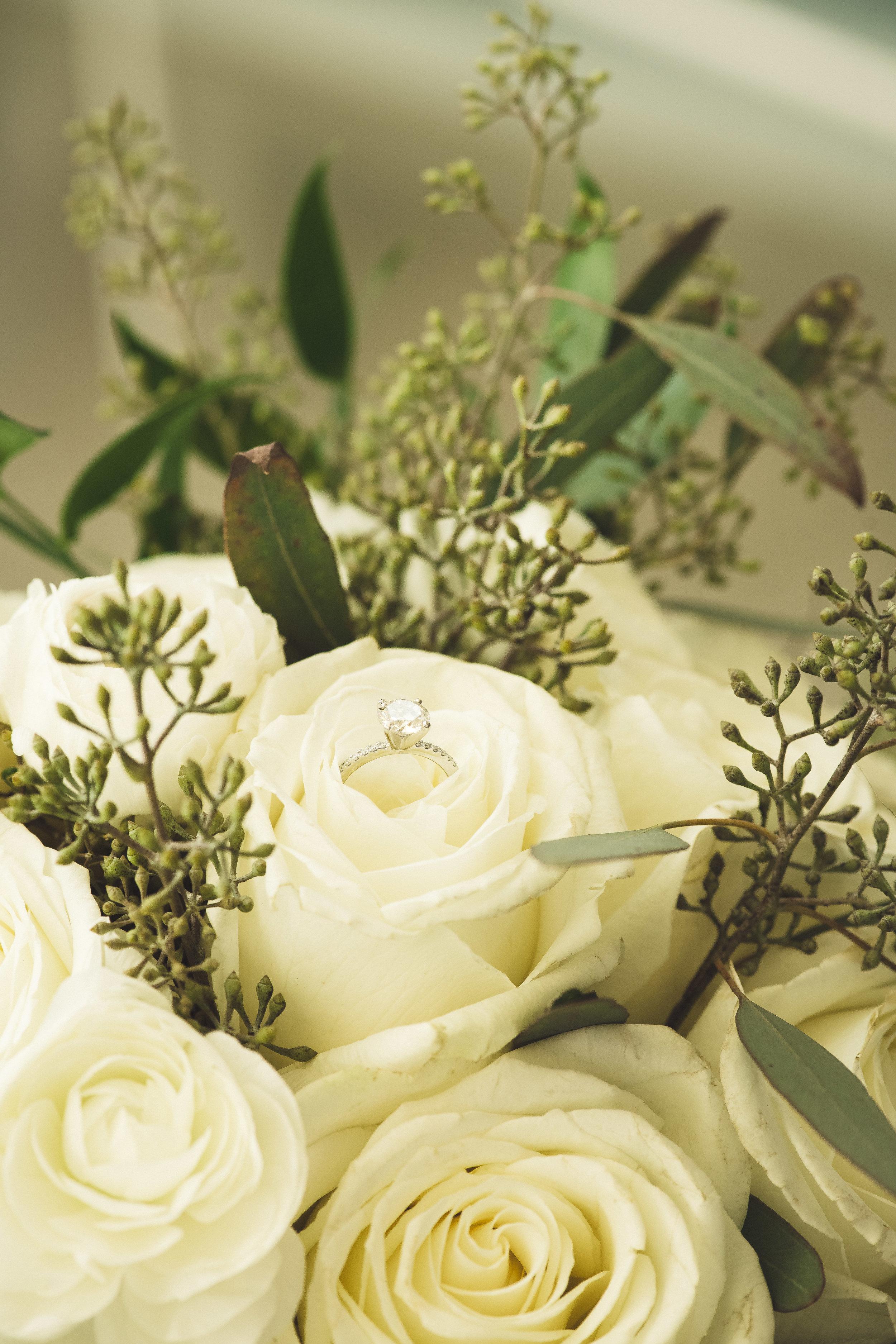 2star_des-moines-wedding-sadie-derek-40.jpg