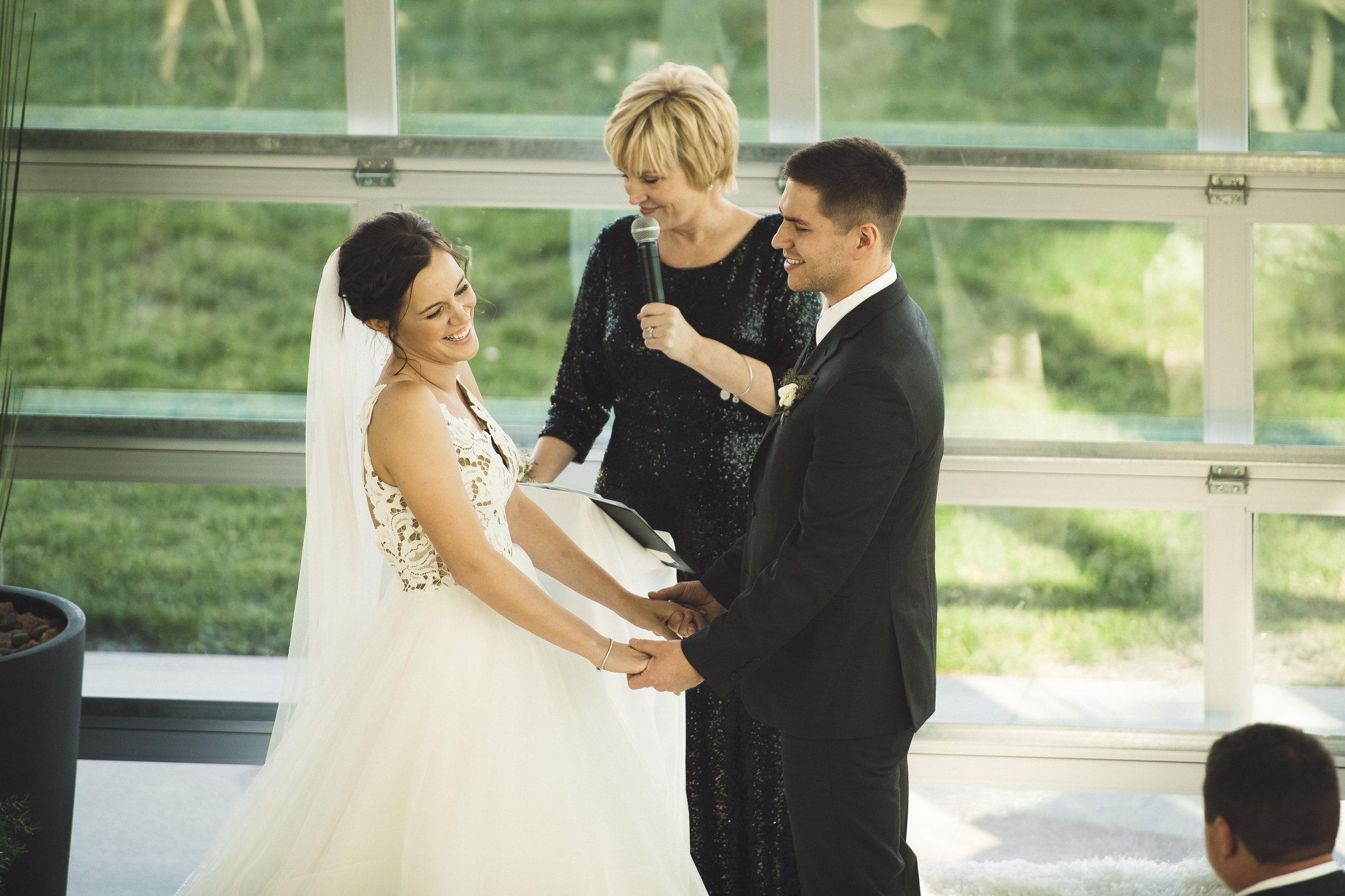 2star_des-moines-wedding-sadie-derek-55.jpg