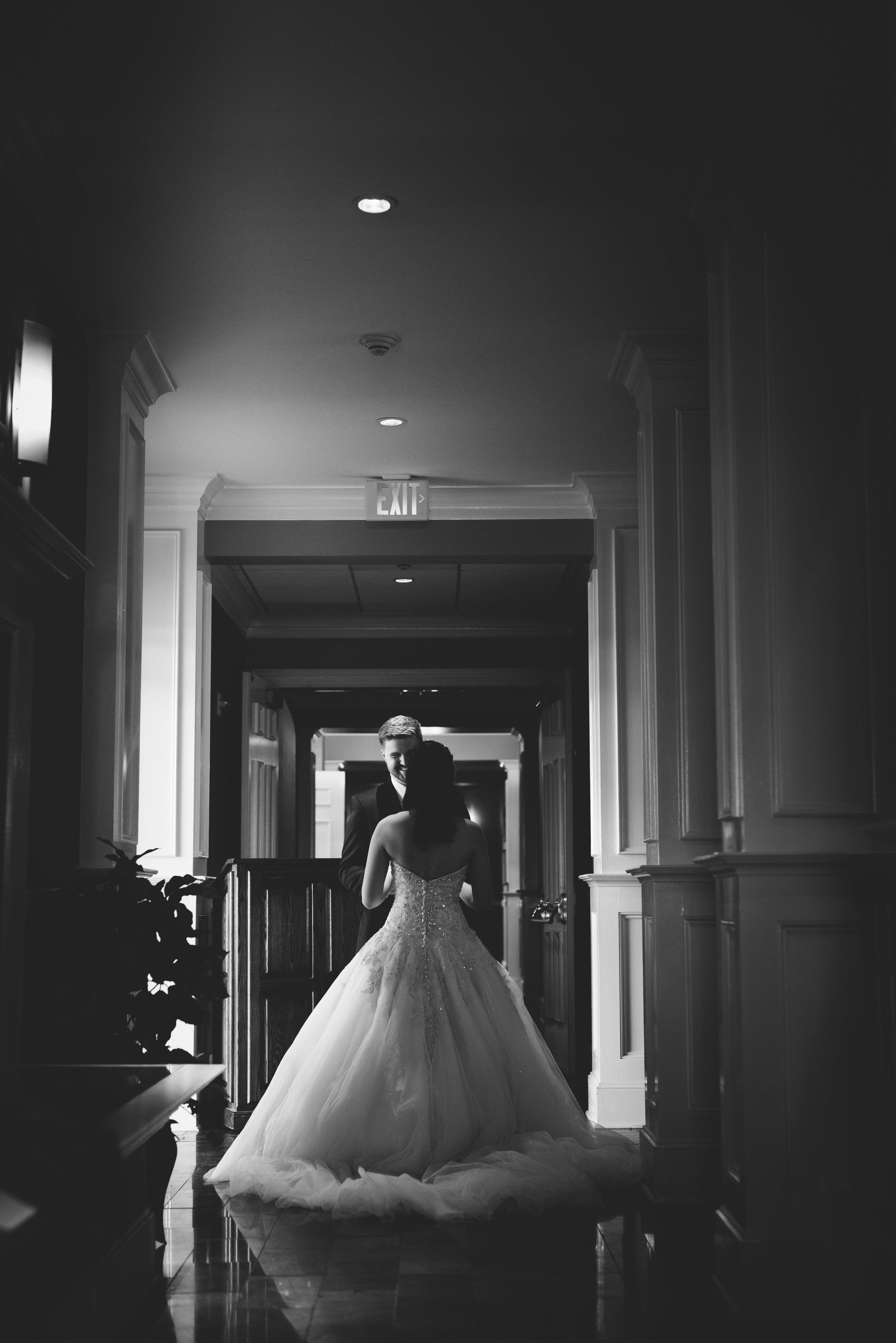 2star-wedding-mikaela-frasier (7 of 44).jpg