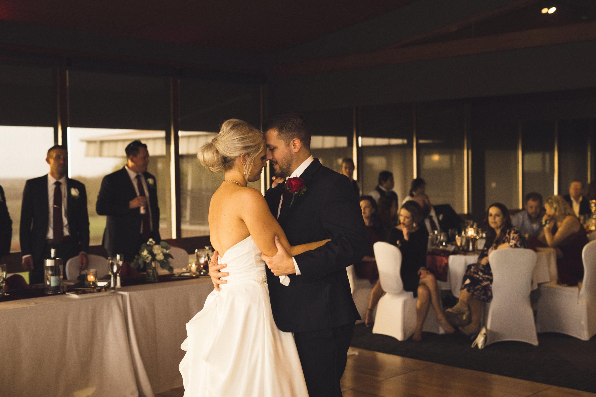 2star-wedding-kelsey-craig-29.jpg