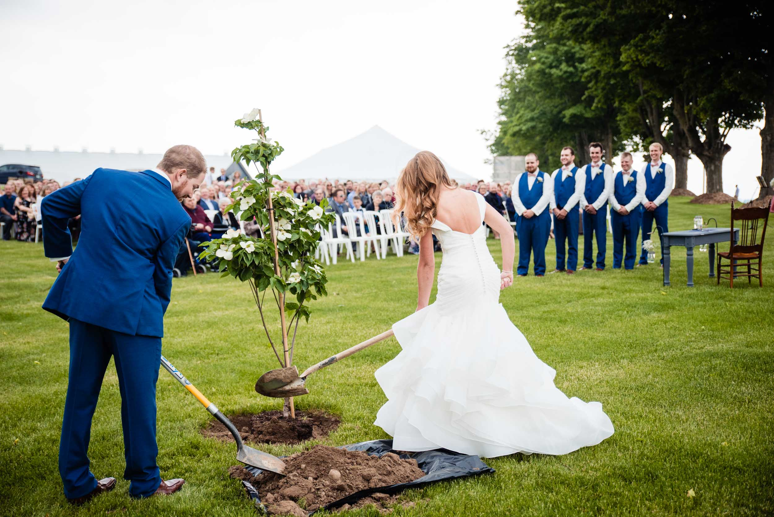london-ontario-wedding-photography-farm-tent (53).jpg