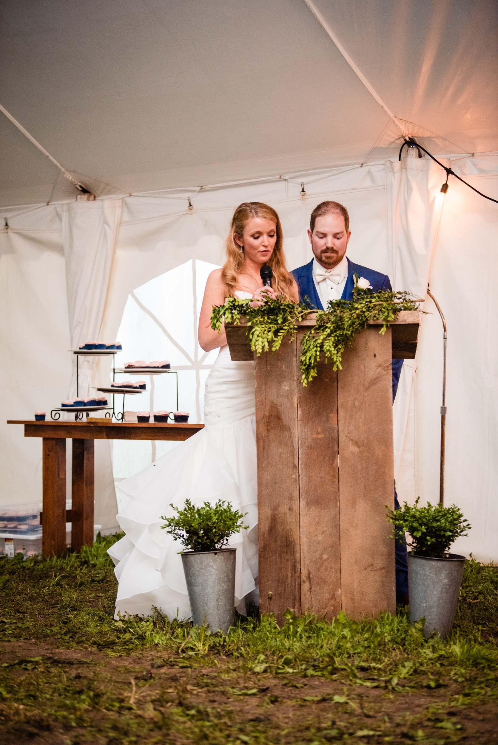 london-ontario-wedding-photography-farm-tent (111).jpg