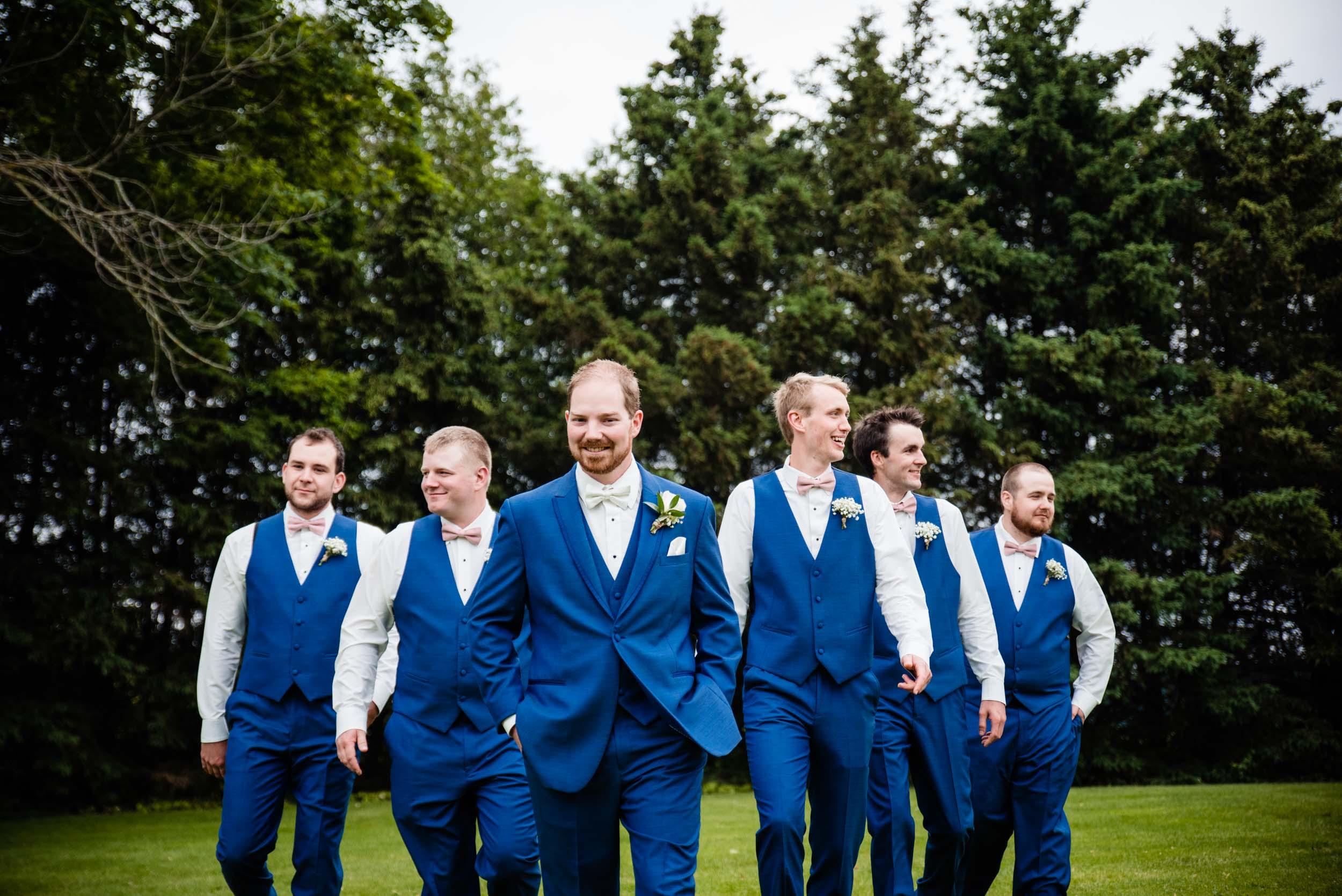 toronto-london-ontario-wedding-photographer-groomsmen.jpg