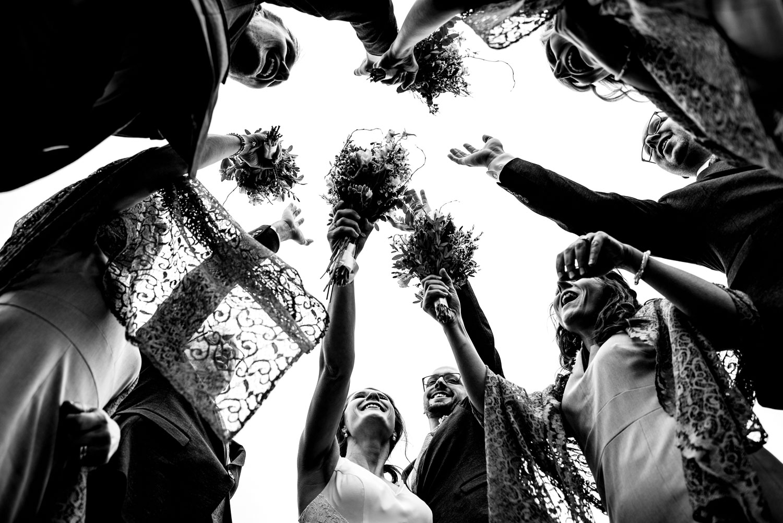 toronto-london-ontario-wedding-photographer-cheer.jpg