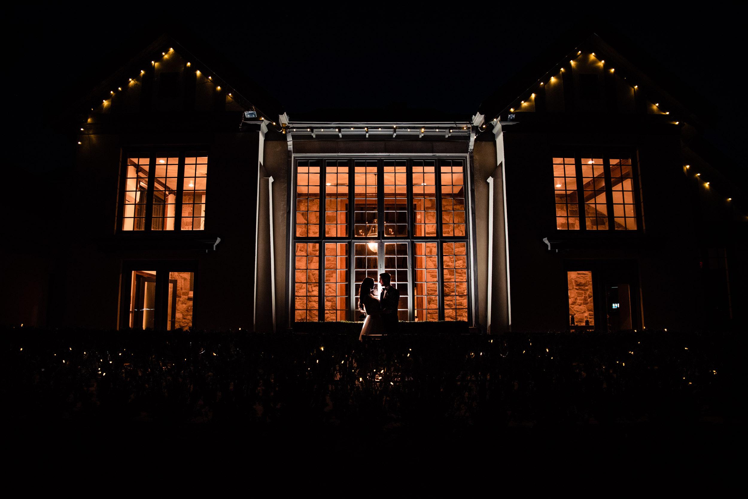 toronto-london-ontario-wedding-photographer-windermere-manor.jpg