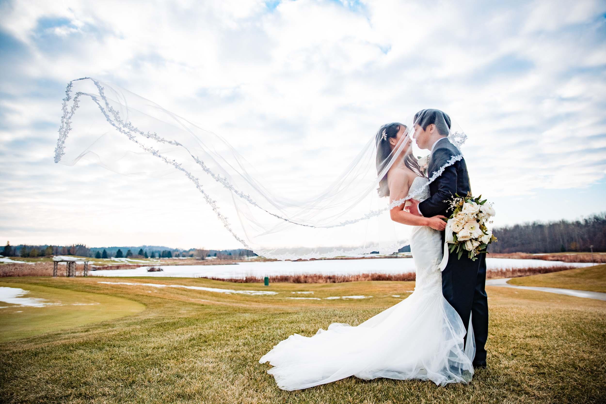 toronto-london-ontario-wedding-photographer-winter-veil.jpg