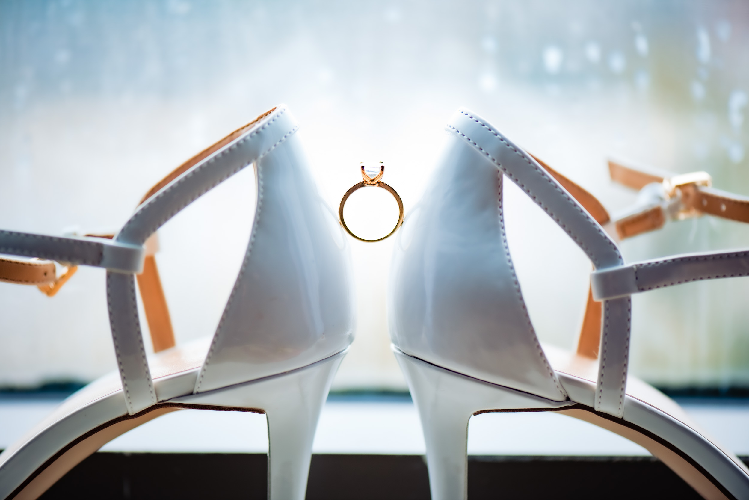 toronto-london-ontario-wedding-photographer-shoe-ring.jpg