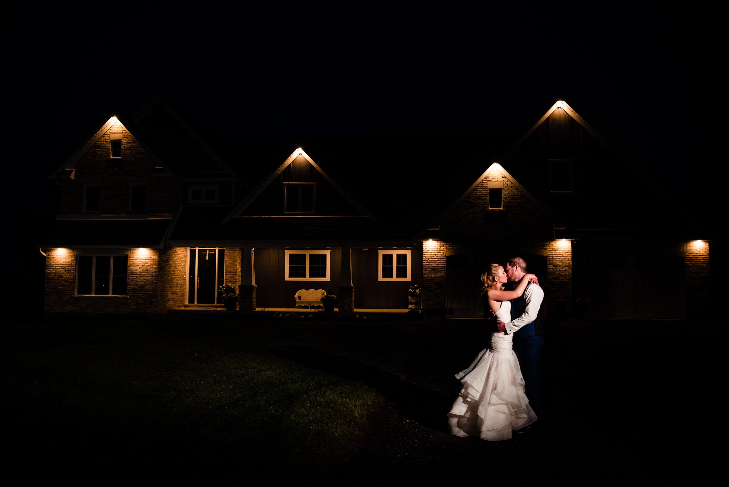 london-ontario-wedding-photography-farm-tent (119).jpg