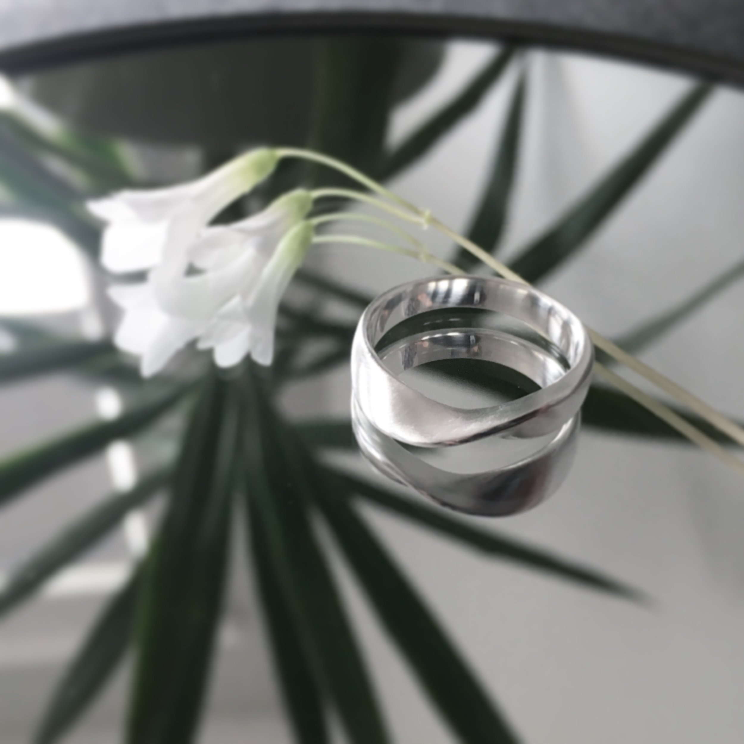 Soft Curve Ring  Shop here