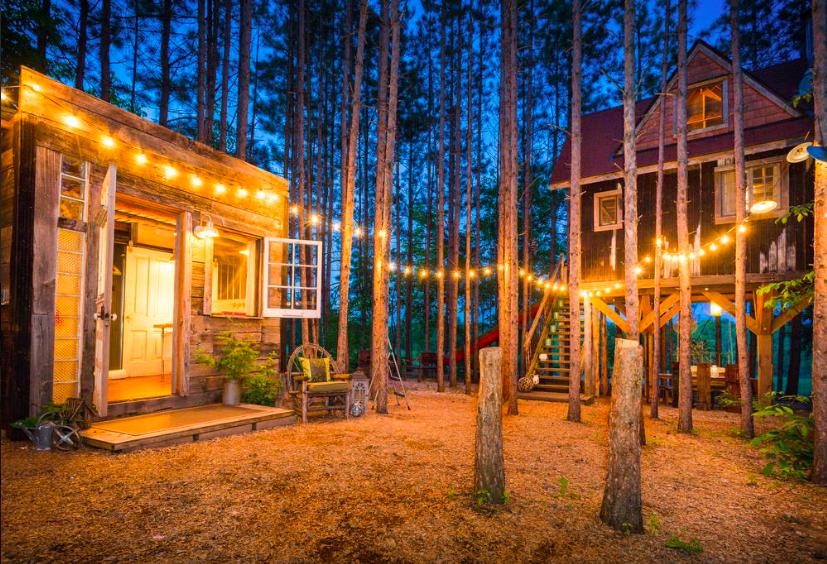 Airbnb | Lynne Knowlton