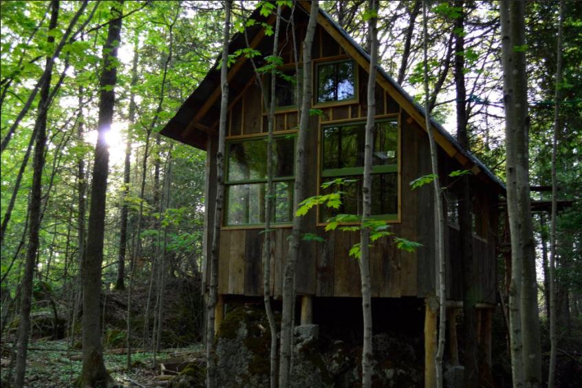 Airbnb | Emma