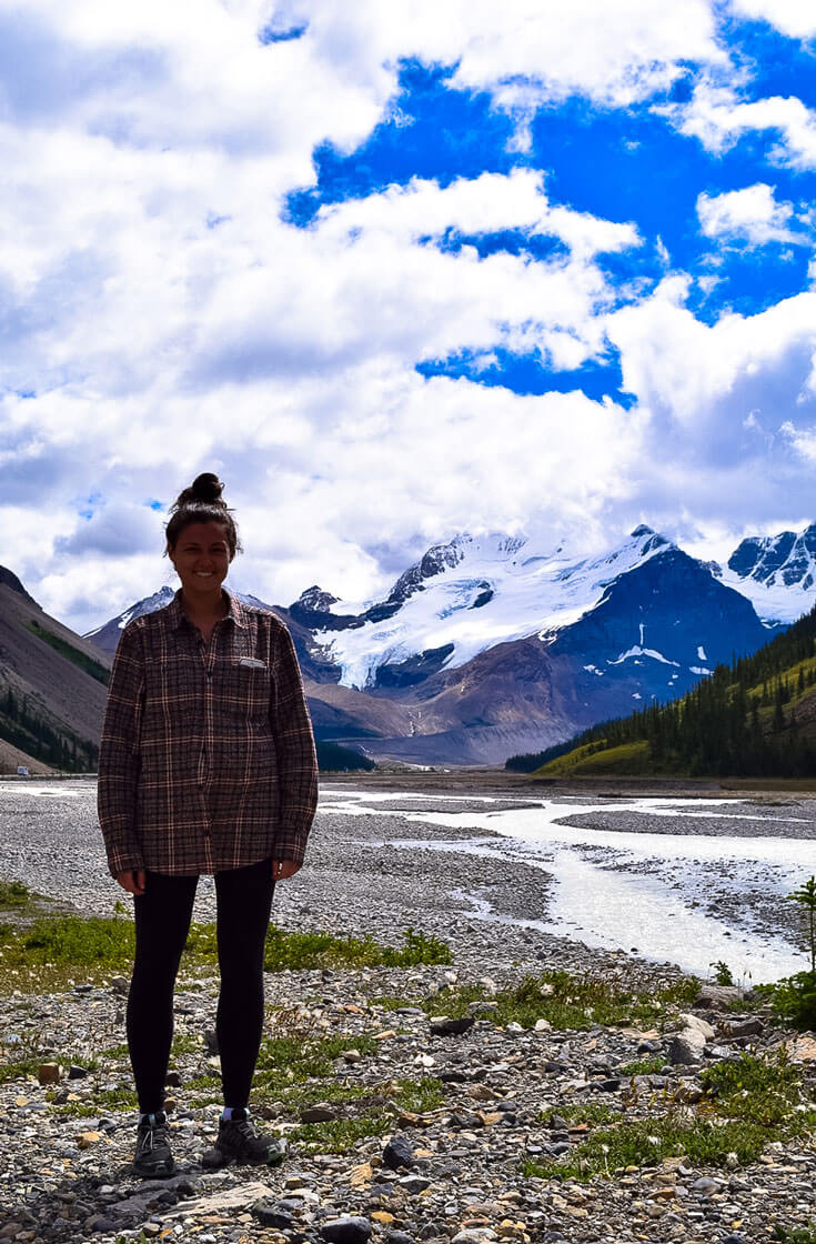 Beauty stop along the Icefields Parkway