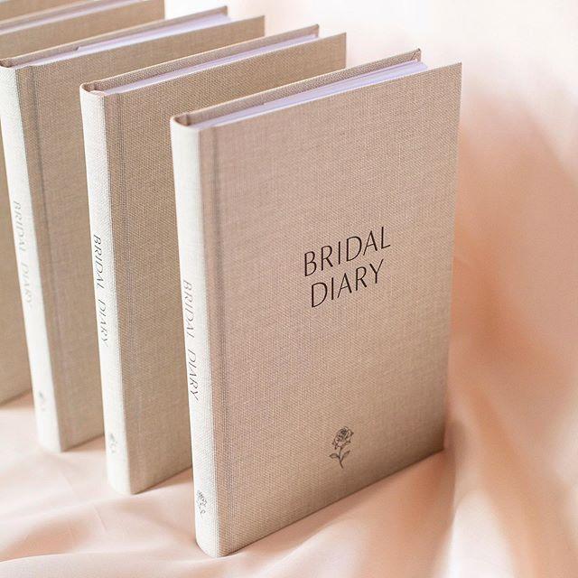 #emuvalleyrhododendrongarden #bridaldiary #foreverpress #gardenwedding #gifts #gardenpath #tassieweddings #bride #bridal #bridleshower #freegift #bookyourgardenwedding