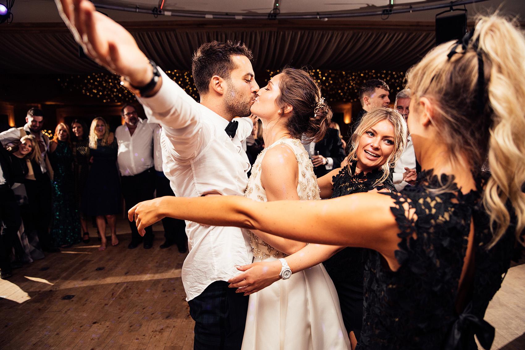 elmore-court-wedding-photography-99.jpg
