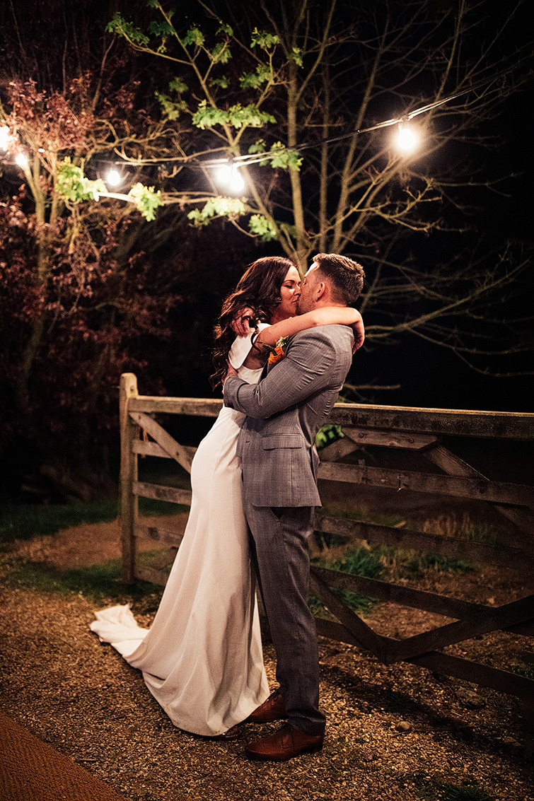 english-garden-wedding0114.JPG