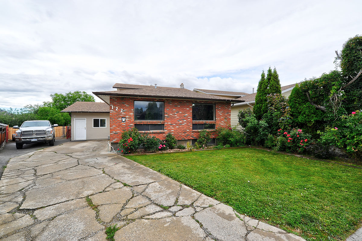 122 - Green Court - $449,000 -   SOLD!