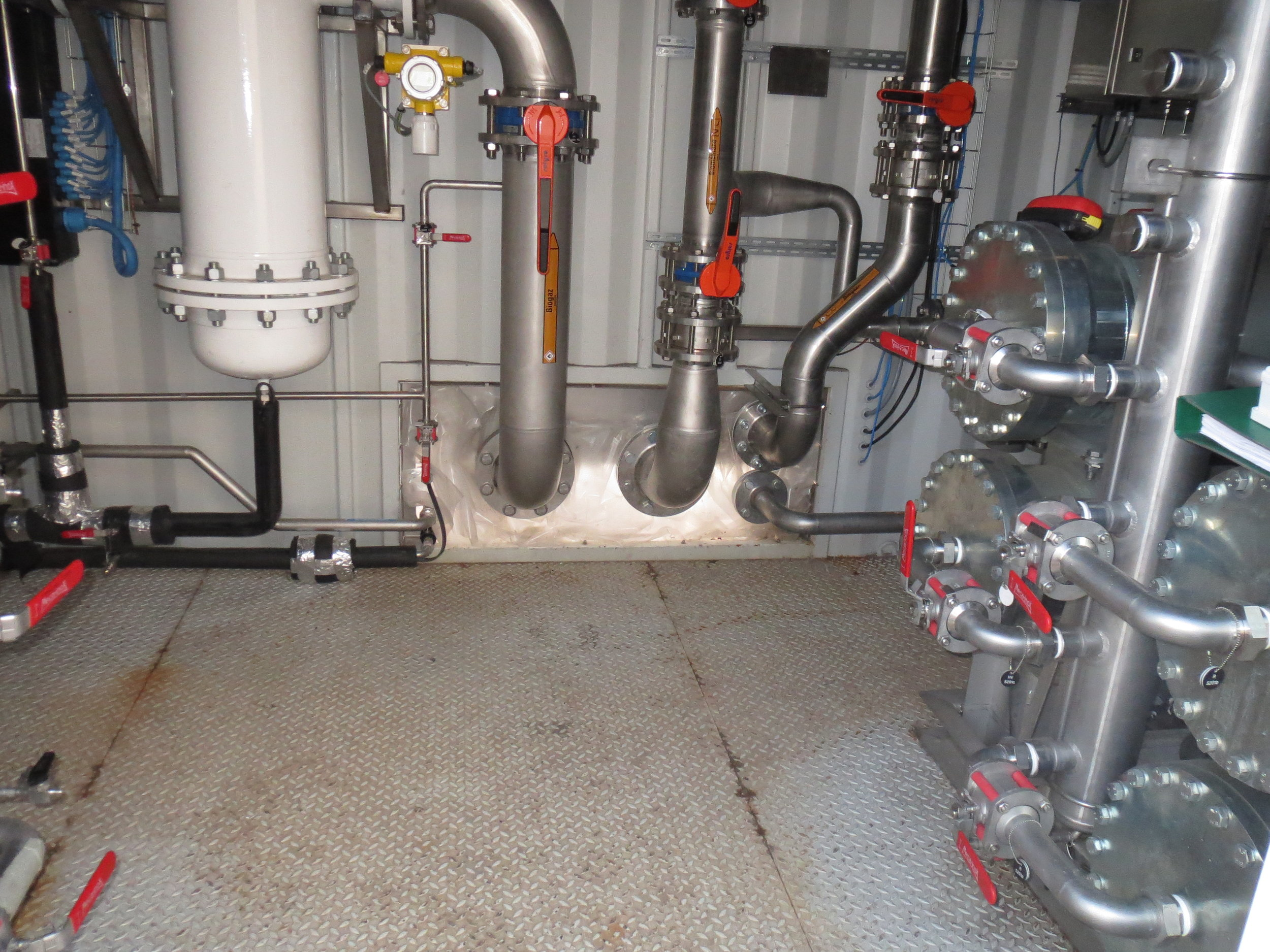 AD plant pipe work