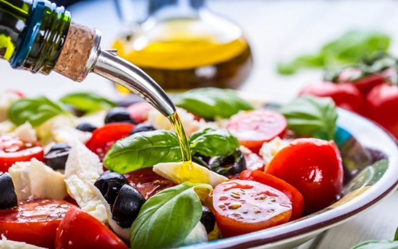 Tracy Tredoux Mediterranean Diet Article. Cardiovascular Health and Nutrition