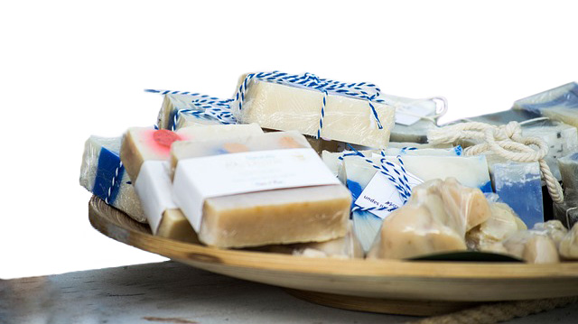 bars of soap and cosmetics that may contain dangerous toxins. learn how to avoid putting these on your skin from a qualified nutritional therapist