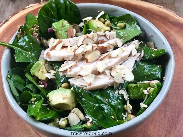 Asian Chicken Salad recipe - a healthy ketogenic recipe for a nutrition conscious recipe