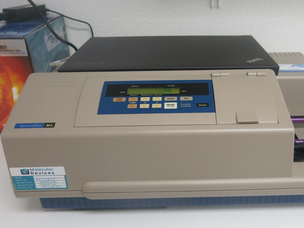 SpectraMax M3 Multi-Mode Plate Reader_01.JPG