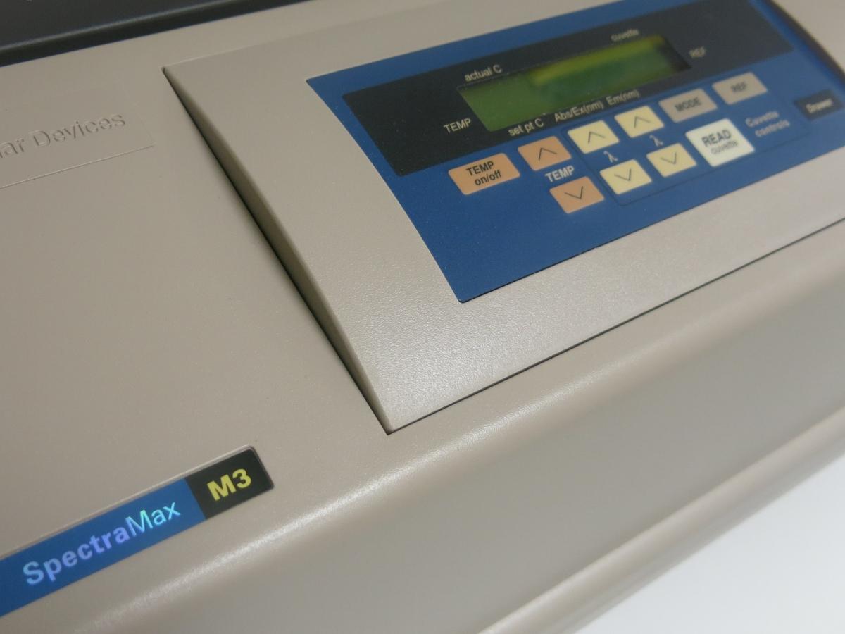 SpectraMax M3 Multi-Mode Plate Reader_02.JPG