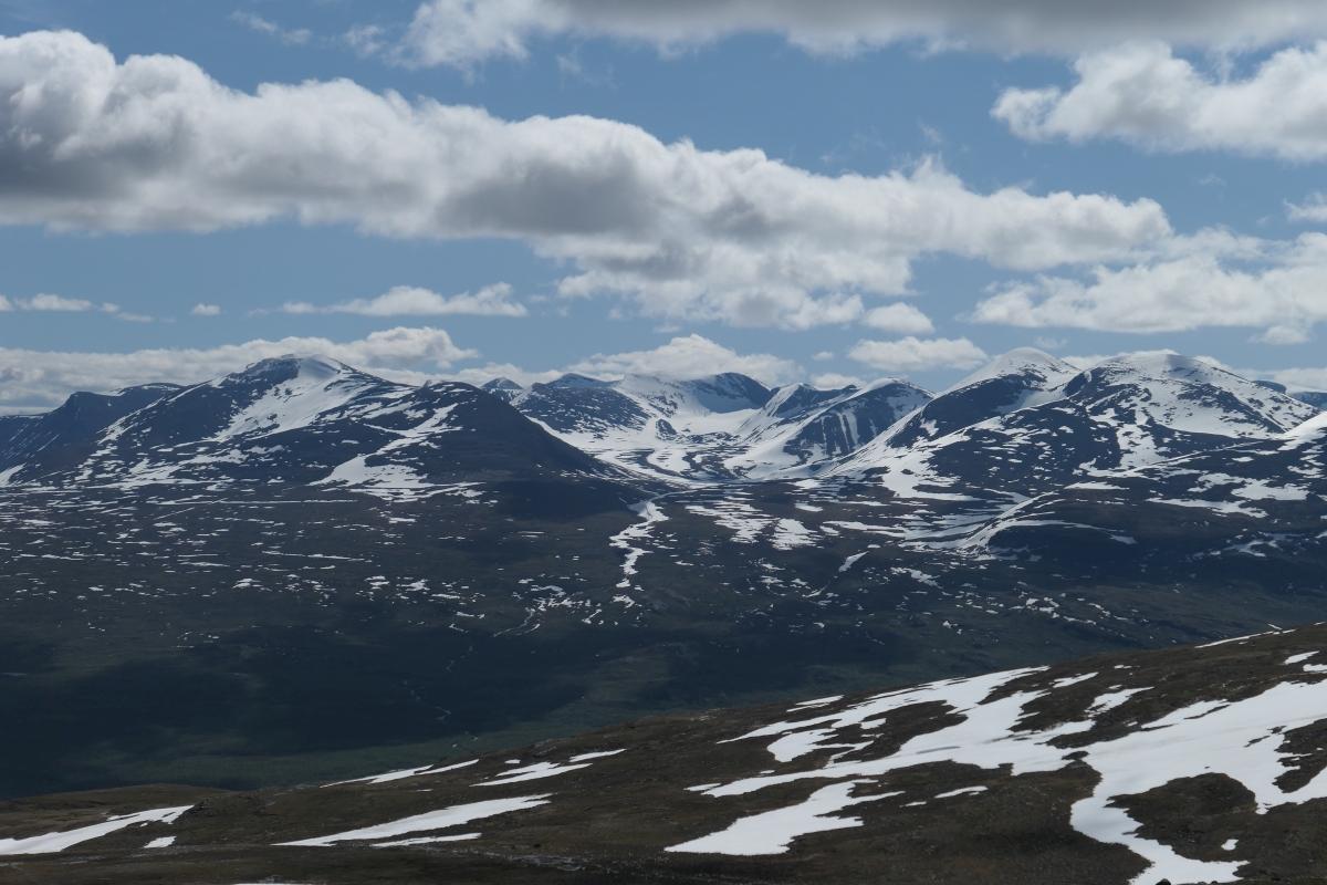 View over Abisko 1200x800.jpg