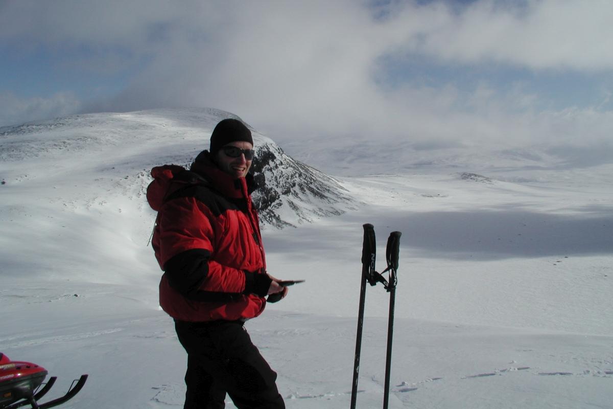 Jan Karlsson winter fieldwork 2 1200x800.jpg