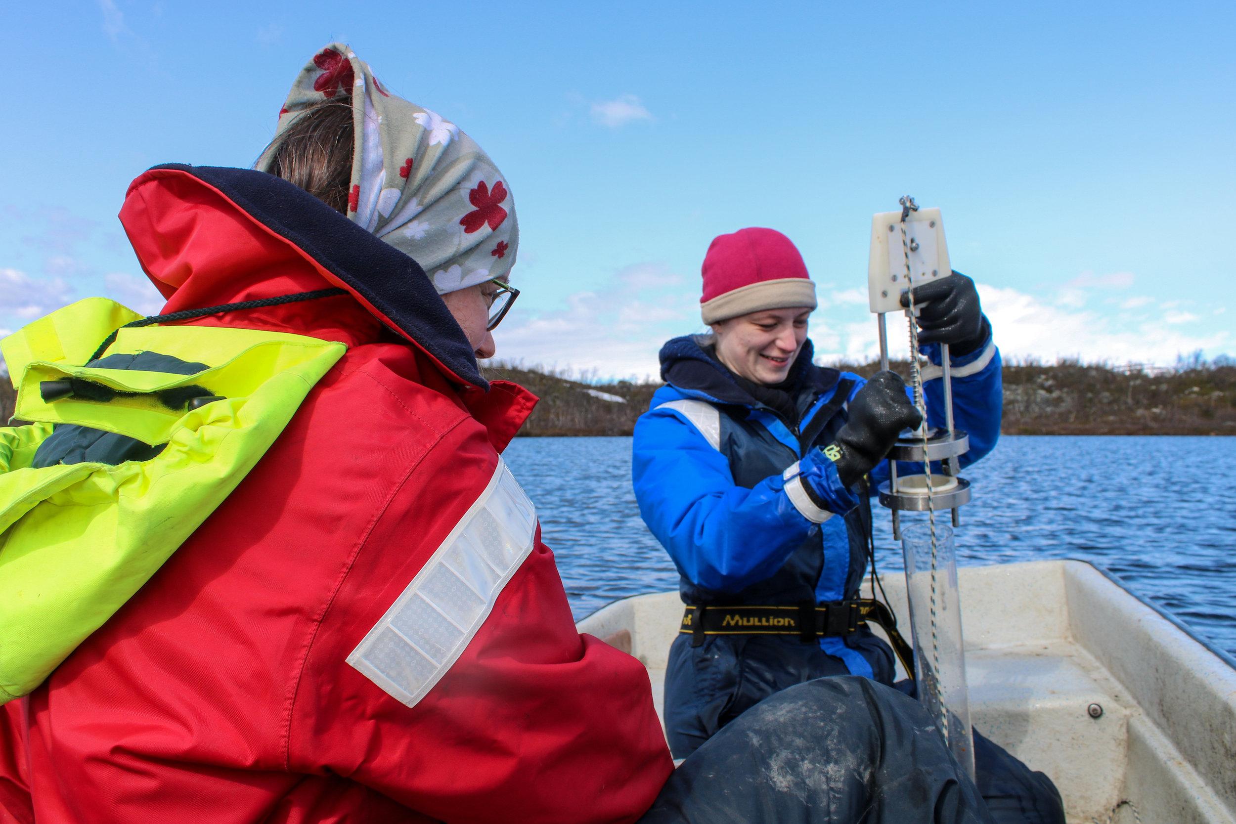 Jenny Ask and Hannah Beck Sediment Sampling Lake Almberga 03June19 Photo by Emma.jpg