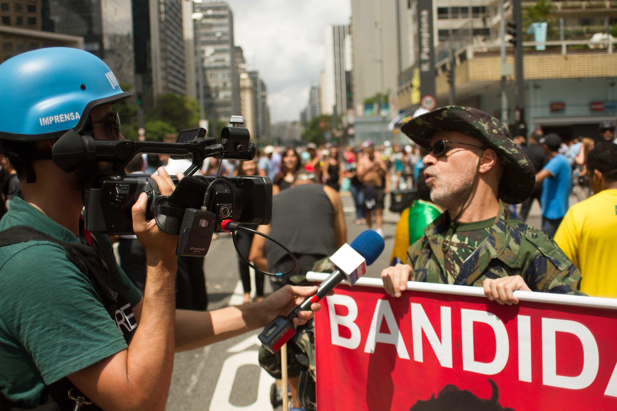 Sao-Paulo-protests-Huck-6.jpg