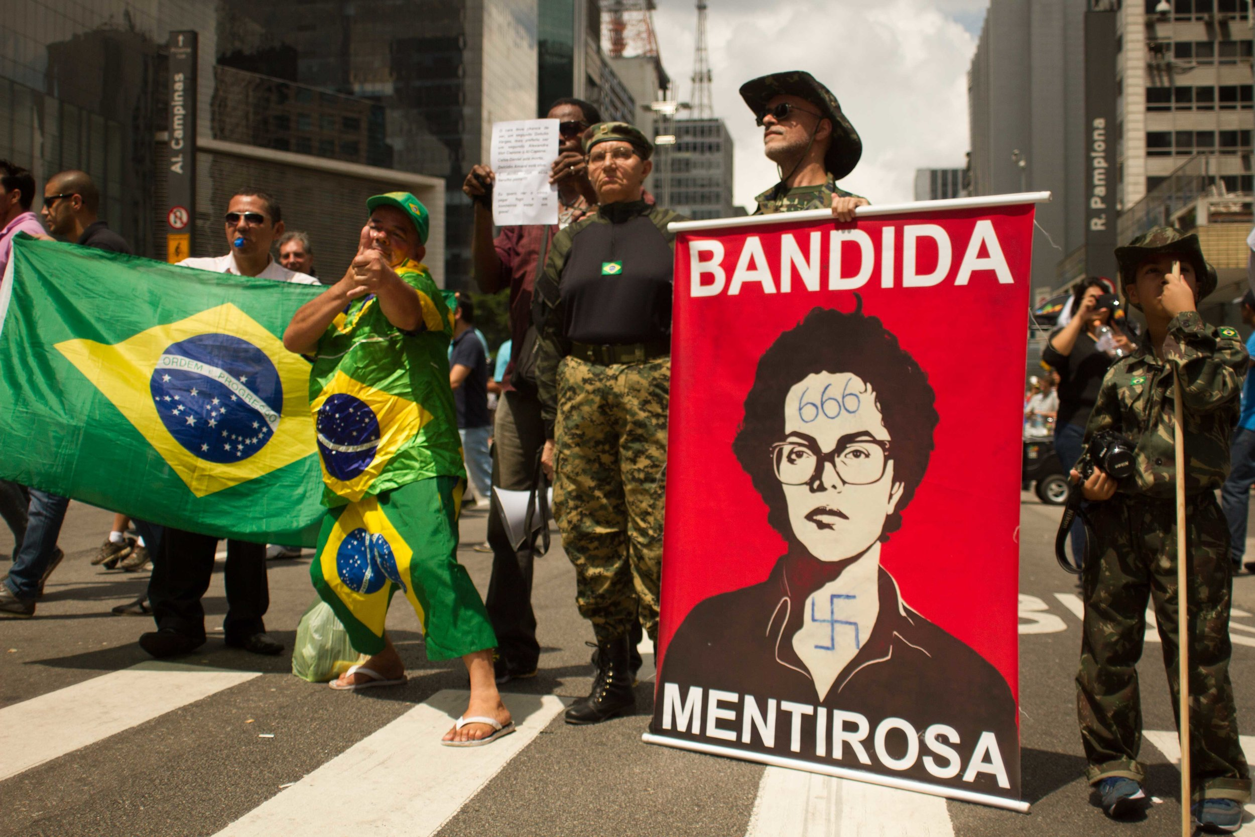 Sao-Paulo-protests-Huck-7.jpg